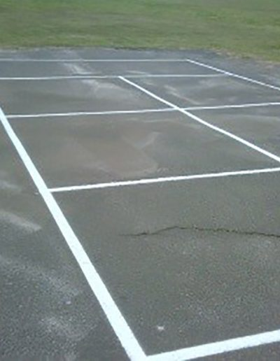 Bat tennis court markings