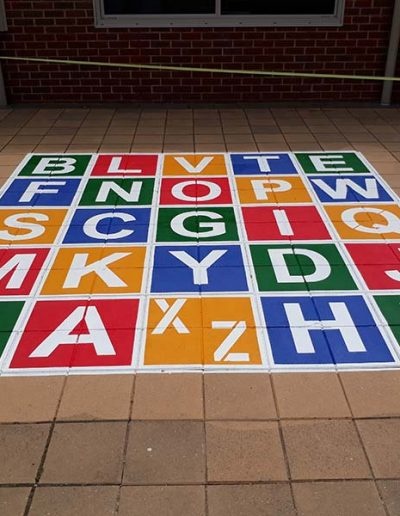The Large Jumpa Word is a fun jumping game that teaches the children spelling.